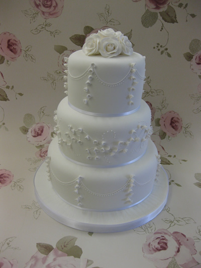 wedding cake delivery fees speciality cakes knaphill 22430